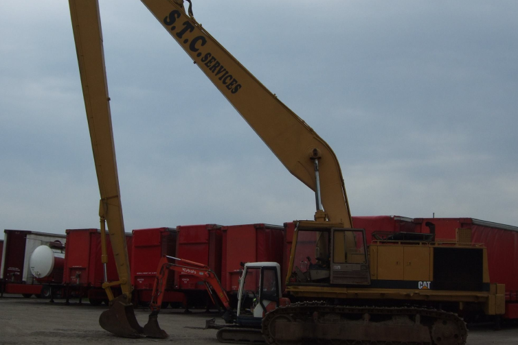 excavator for Hire Service